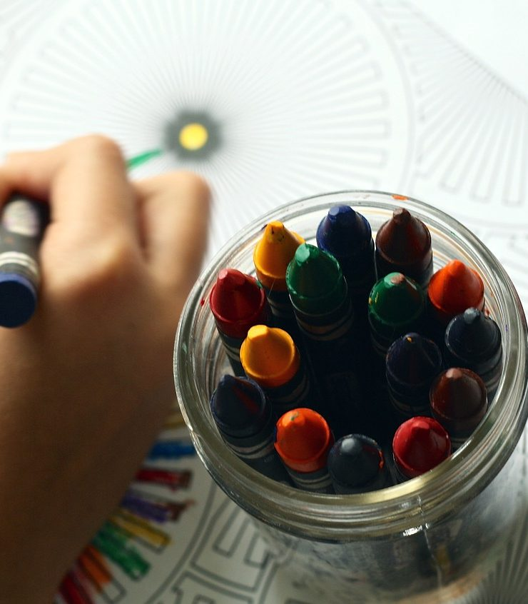 4 Ways To Inspire Kids To Turn Off Electronics And Turn On Their Creativity