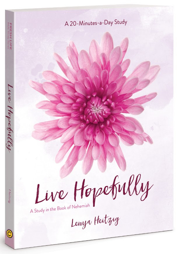Free Ebook : Living Hopefully
