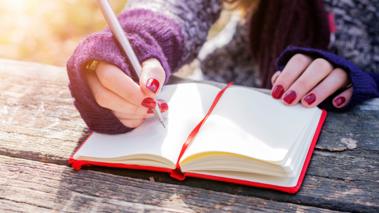 Tips-to-Make-Your-Writing-More-Powerful-from-NC-Book-Blogger-Reading-with-Frugal-Mom